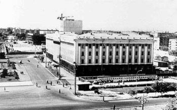 Открытие Алтайского госуниверситета. Тогда это был первый и единственный корпус