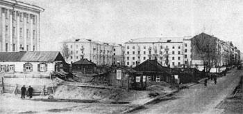 1973 г. Открытие в Барнауле Алтайского госуниверситета. Площадь Советов