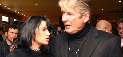 Александр Абдулов с женой Юлией Милославской