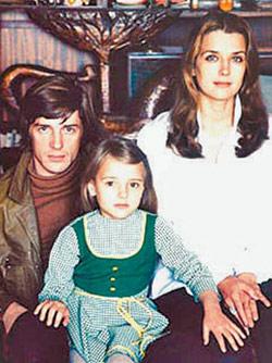 Александр Абдулов и Ирина Алферова с дочкой Ксенией