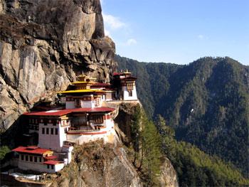 Горный монастырь Такштанг в Бутане