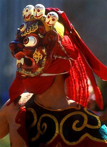 Мистический танец в масках. Бутан