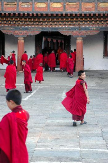 Жизнь монахов. Бутан