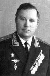 Филимонов Виктор Николаевич, генерал-майор авиации, первый начальник БВВАУЛ