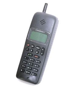 Nokia 1101 – первый массовый GSM-мобильник. Весил почти полкилограмма