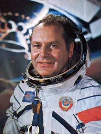космонавт Герман Титов