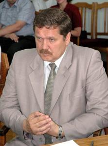 Гниденко Игорь Владимирович - начальник управления  Администрации края по вопросам государственной службы и кадров, Барнаул
