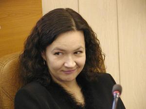 Зинкова Елена Анатольевна - начальник государственно-правового управления администрации края, Барнаул