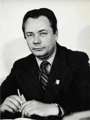 Александр Антонович Котович - первый директор Алтайского коксохимического завода