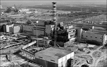 Чернобыльская АЭС в первые дни после аварии